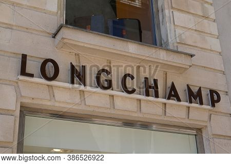 Bordeaux , Aquitaine / France - 09 20 2020 : Longchamp Logo And Text Sign Of Luxury French Fashion B
