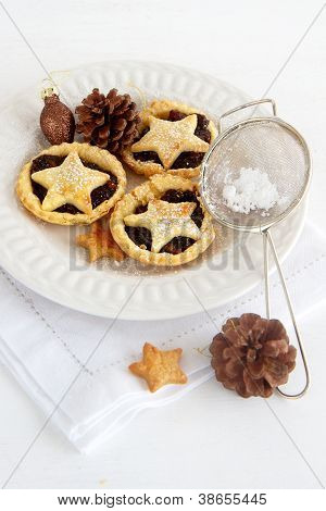 Christmas Baking With Mince Pies