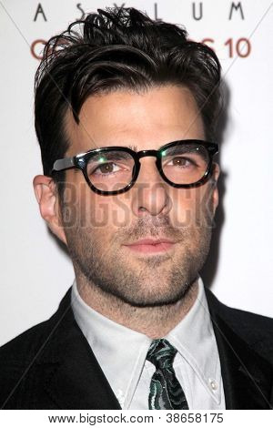 LOS ANGELES - OCT 13:  Zachary Quinto arrives at the