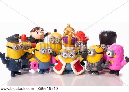 Los Angeles, Usa - August 17, 2020: Minions Mcdonalds Happymeal Toys Isolated On White Background. P