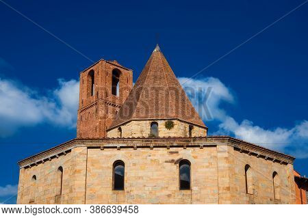 Church Of The Holy Sepulchre In Pisa, Erected In The Early 12th Century After The First Crusade For