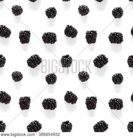 Bramble Seamless Pattern. Fresh Blackberry Seamless Pattern. Pattern With Fresh Wild Berries Isolate