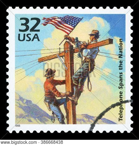 United States Of America - Circa 1998: A Stamp Printed In Usa Shows First Transcontinental Telephone