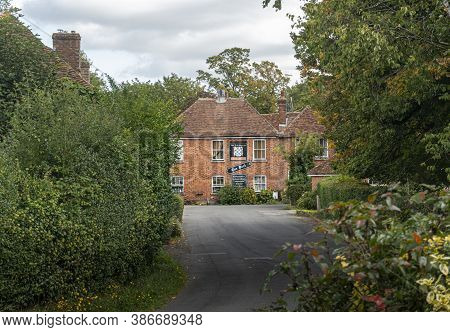 Smarden, Kent, Uk, September 2020 - Street View Of The Chequers Public House House In The Village Of