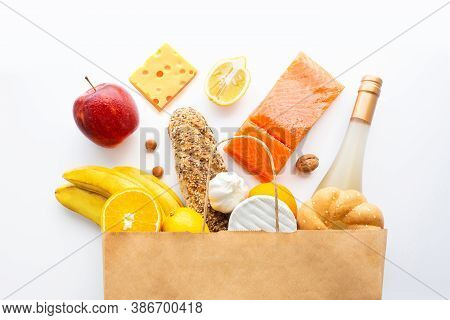 Healthy Food Paper Bag. Healthy Food Background. Supermarket Food Concept. Shopping In The Supermark