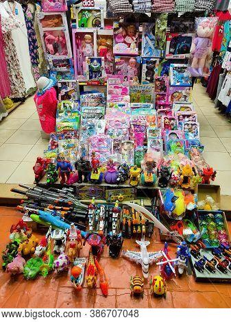 Sharm El Sheikh, Egypt - September 15, 2020: The Local Toy Shop In Egyptian Souvenir Shop At Sharm E