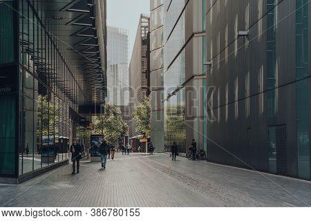 London, Uk - August 25, 2020: Few People Walk On More London, A Part Of London Bridge City Area That