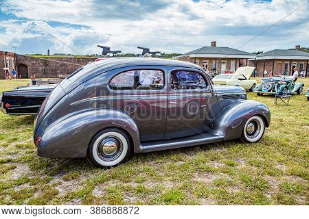 Fernandina Beach, Fl / Usa - September 22, 2018: 1938 Ford Deluxe Coupe At A Car Show At Fort Clinch