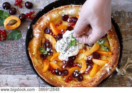 Healthy Breakfast Or Dessert.  Dutch Baby Pancake With Fruit