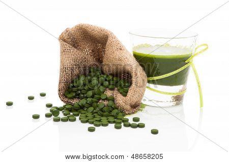 Detox. Green Pills With Green Juice.