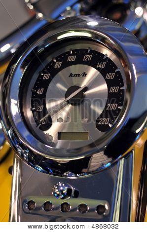 Rychloměr motorka