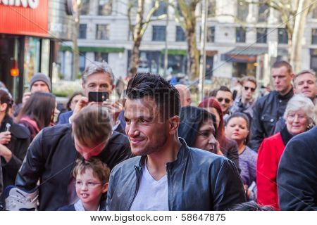 Peter Andre posing for photographers