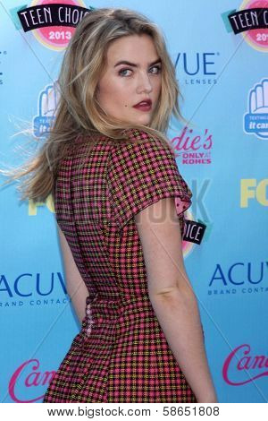Maddie Hasson at the 2013 Teen Choice Awards Arrivals, Gibson Amphitheatre, Universal City, CA 08-11-13