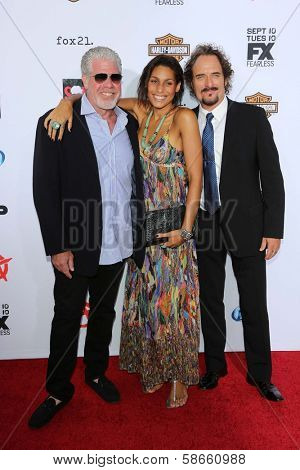 Ron Perlman, Blake Perlman and Kim Coates at the