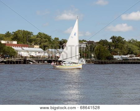 Sailing on the Cape Fear