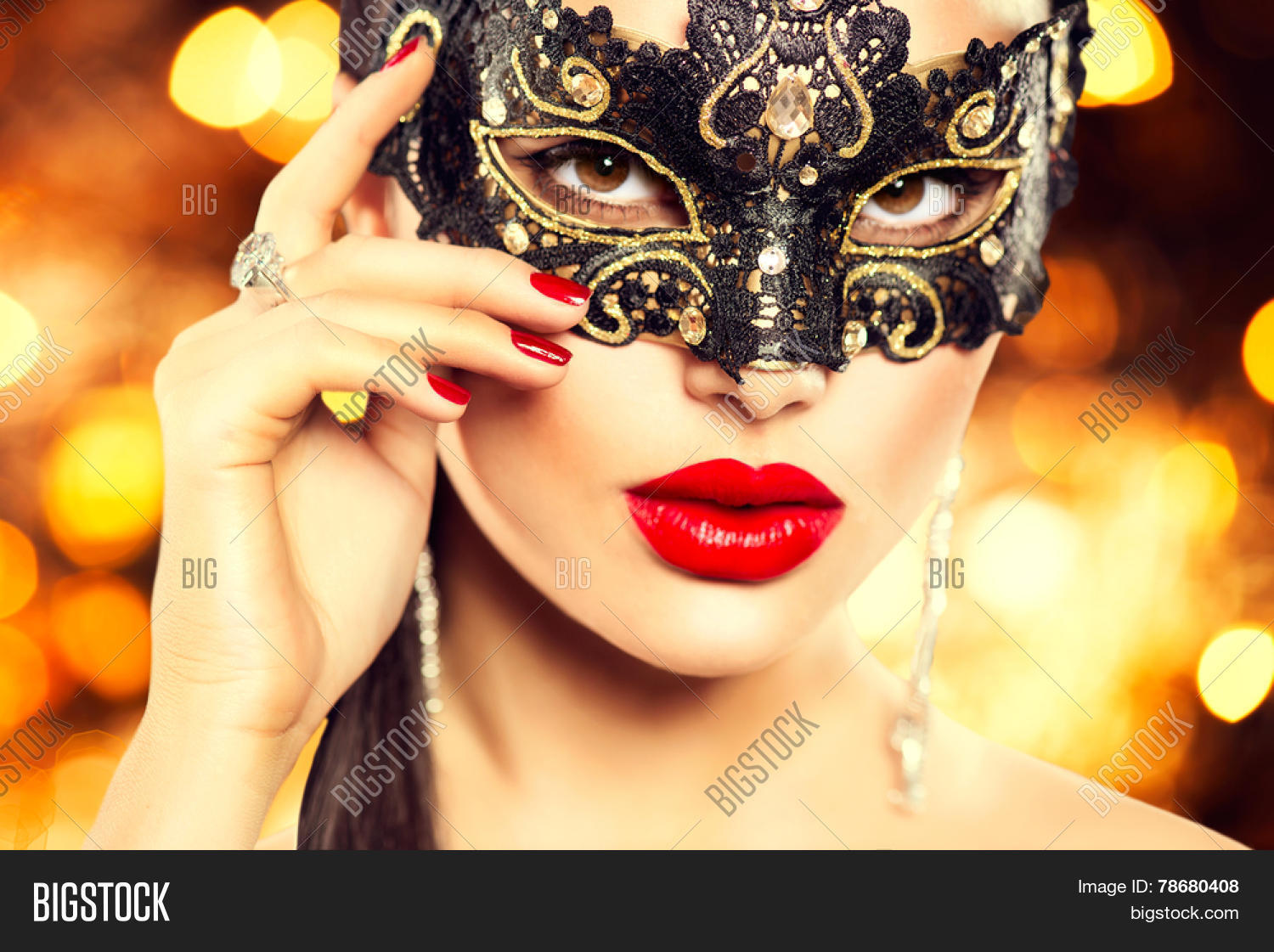 54cc84f3f449 Beauty model woman wearing venetian masquerade carnival mask at party, over  holiday dark background.