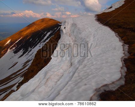 Carpathian mountains 8 under snow in spring