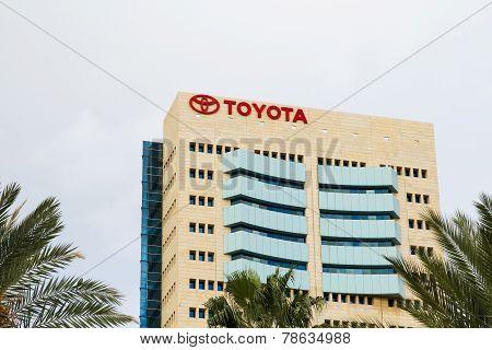 The Emblem Toyota .