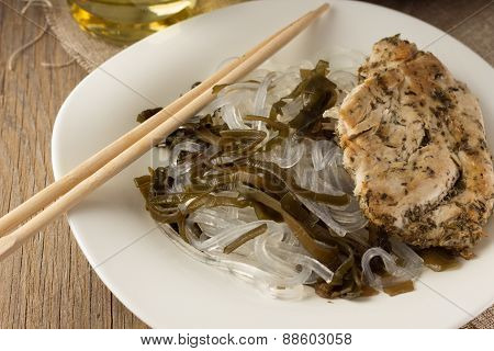 Glass Noodles With Laminaria And Chiken With Herbs