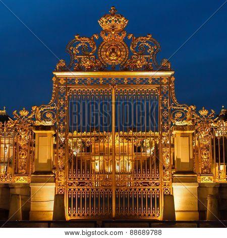 Ile de France, golden gate of Versailles palace