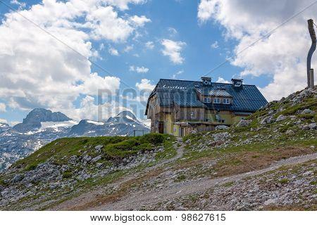 Dachstein Lodge