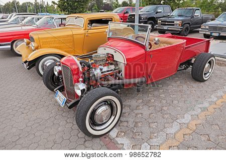 Vintage American Hot Rod Pickup Ford