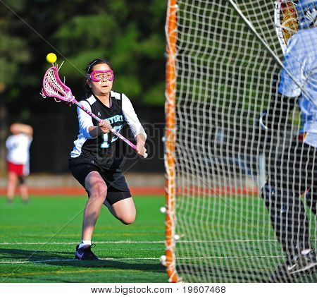 Lacrosse girls freshman shot on goal