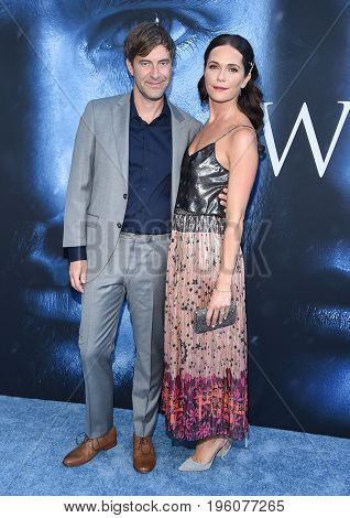 LOS ANGELES - JUL 12:  Mark Duplass and Katie Aselton arrives for the Season 8 premiere of HBO's 'Game of Thrones' on July 12, 2017 in Los Angeles, CA