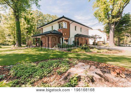 Family House With Sunny Veranda