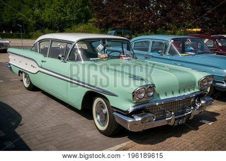 1958 Pontiac Chieftain Vintage Car