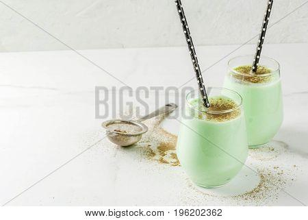 Coconut Matcha Smoothie