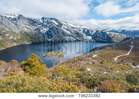 Crater lake in Cradle mountain the UNESCO heritage sites in Tasmania state of Australia during the winter season.