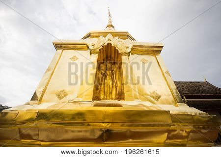 Image of Buddha in the Golden Pagoda of Wat Phra Singh