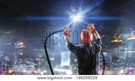 Fixing electricity cut