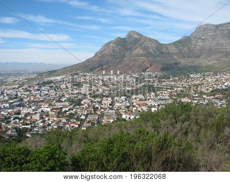DEVILS PEAK, WITH THE CITY OF CAPE TOWN BELOW