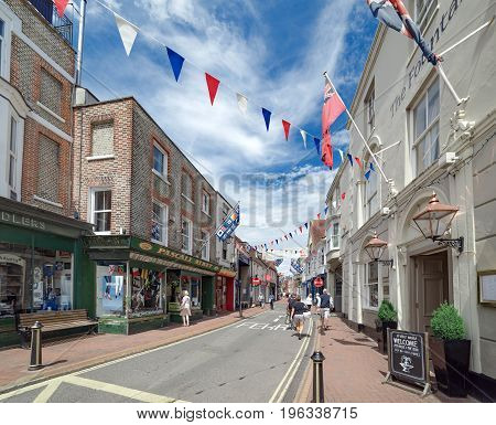 Cowes, Isle of Wight, UK. 13th July 2017. The streets and lanes of Cowes on the Isle of Wight on a warm summer's day. Cowes is an affluent town with a prominent sailing community.