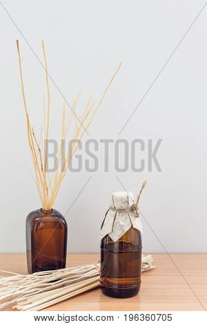 Reed Diffuser room aroma set scent from nature on wood table