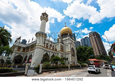 SINGAPORE - MARCH 22 2017: Wide abgle view of Masjid Sultan at Muscat Street in Kampong Glam district of Rochor Planning Area in Singapore