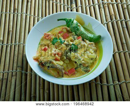 Hyderabadi Pepper Chicken Roast