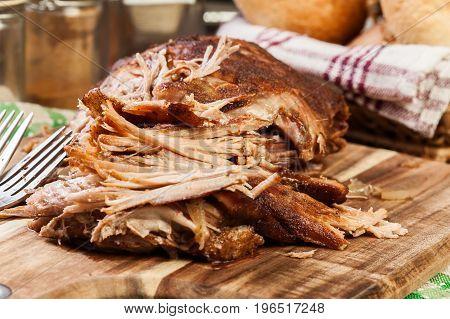 Slow Cooked Pulled Pork Shoulder