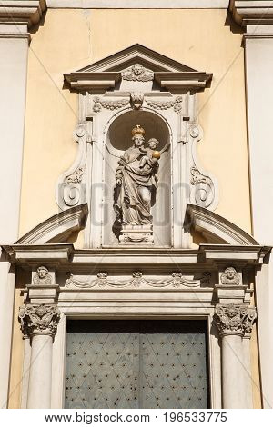 Statue Of Virgin Mary With Child Created By Tobias Kracker Above The Entrance Of The Scottish Church