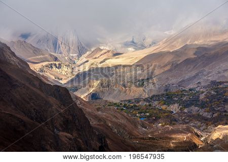 View To Lower Mustang Area On Annapurna Circuit Trek In Nepal