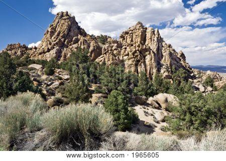 Benton Range Cliffs