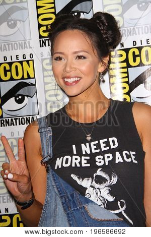 SAN DIEGO - July 20:  Melissa O'Neil at the Comic-Con Day One at the Comic-Con International on July 20, 2017 in San Diego, CA