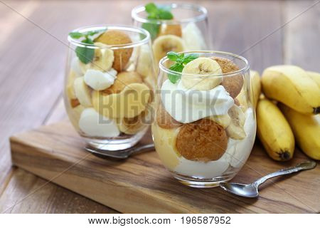 homemade banana pudding, Southern dessert