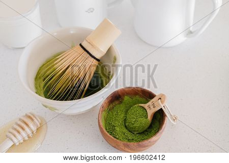 Matcha Green Tea Latte Ingredients, Healthy Trendy Drinks,