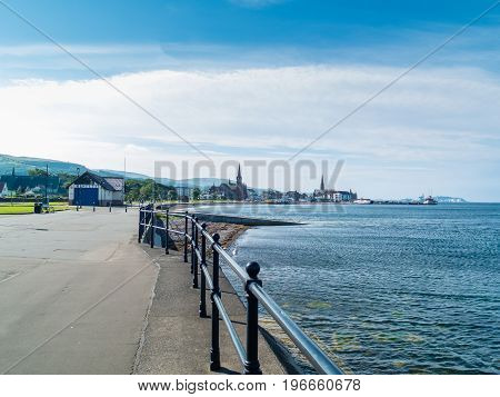 Looking along the north prom past the lifeboat station and into Largs town centre