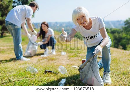 Anyone can help. Dynamic open minded daring people joining eco campaign and working as volunteers while cleaning park from litter