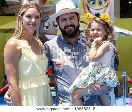 LOS ANGELES - JUL 23:  Abigail Ochse, AJ Buckley, Willow Phoenix Buckley at