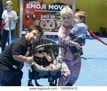 LOS ANGELES - JUL 23:  Joe Gnoffo, Penelope Charlevoix Gnoffo, Terra Jole and Grayson Gnoffo at